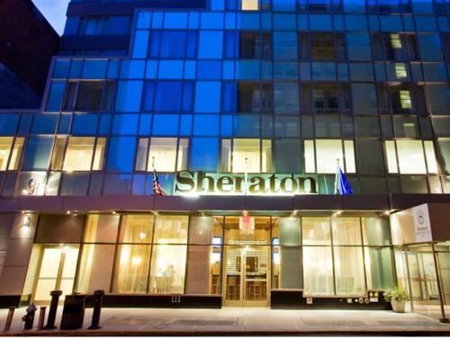 Wejście do aloft new york brooklyn hotel