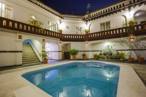Basen w hotelu barcelo huatulco beach resort all inclusive