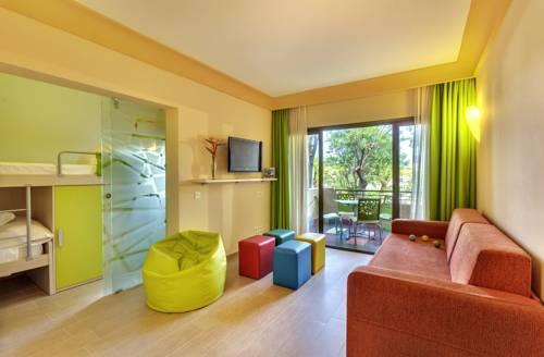 Kolorowy pokój w hotelu Barcelo Lanzarote Resort