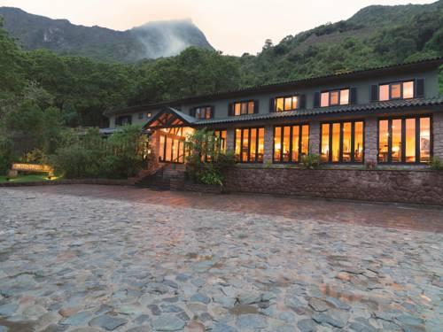 Hotel ukryty wśród zieleni belmond sanctuary lodge machu picchu