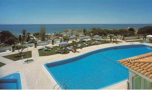 Widok na resort Dona Filipa Hotel