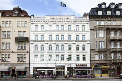 Hotel, który znajduje wśród innych kamieniczek elite plaza hotel malmo