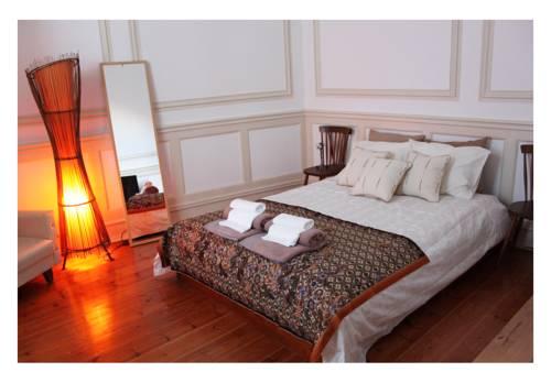 Pokój dla dwojga oraz lampa w h10 duque de loule