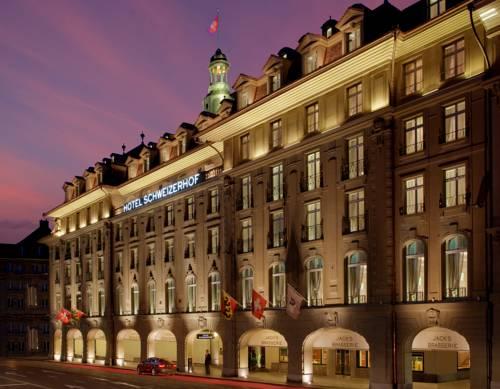 Hotel Schweizerhof Bern z zewnątrz