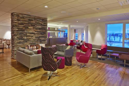 wspólna powierzchnia użykowa dla gosci w hotelu Icelandair Hotel Herad