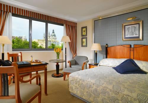 Wnetrze pokoju w kempinski hotel corvinus budapest