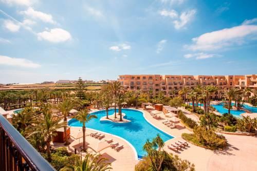 Strefa wypoczynkowa w Kempinski Hotel San Lawrenz na Malcie