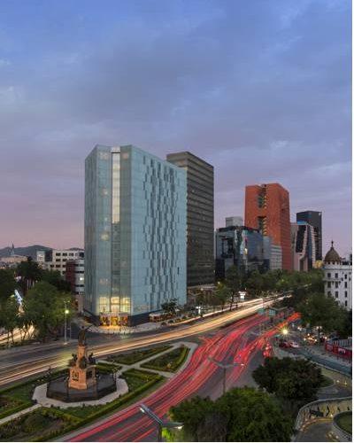 Hotel przy głównej ulicy le meridien mexico city