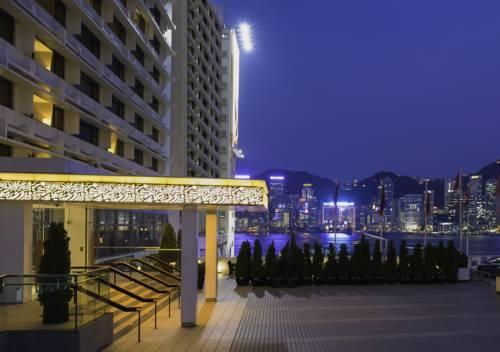 widok na kongkong z hotelu Marco Polo
