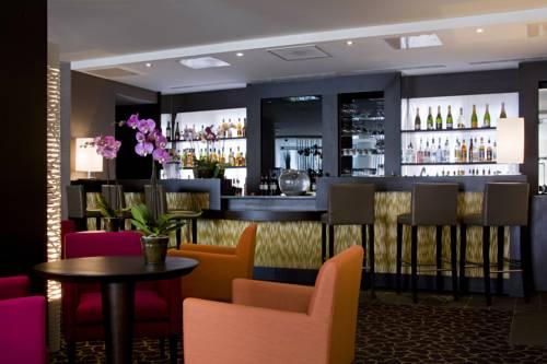 Barek i miejsce wieczornych spotkań w Hotel Pullman Montpellier Centre, Francja