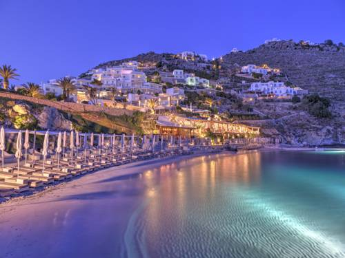 Cudowne wybrzerze w santa marina resort villas a luxury collection