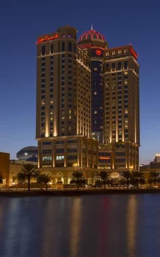 budynek hotelu Sheraton Mall of the Emirates Hotel na wodą, Dubaj
