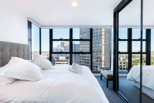 Pokój dla dwojga w hotelu Sheraton Melbourne Hotel z dużym oknem i widokiem na miasto, Australia
