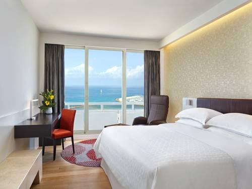 Pokój hotelowy w Sheraton Tel Awiw z widokiem na piękną plażę, Izrael