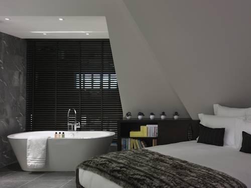 wanna w pokoju soyth place hotel