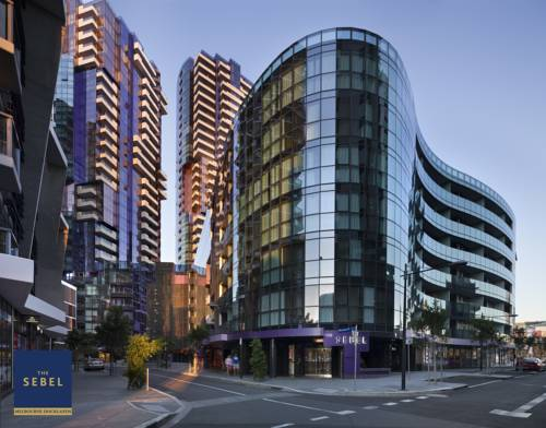 Budynek hotelu the sebel melbourne docklands