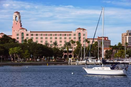 Hotel the vinoy renaissanse st petersburg resort