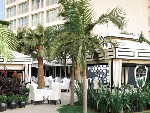 Punkt restauracyjny w Hotelu Viceroy Santa Monica