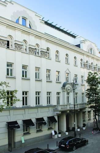 Monumentalny budynek H15 boutique