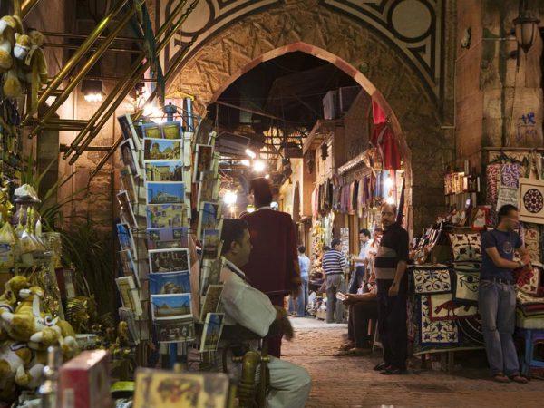 Nocne stragany w Egipt suk El Khalili