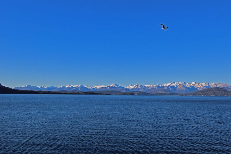 Panorama gór i morze, Bariloche, Argentyna