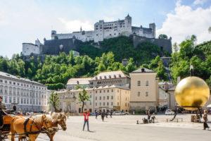 Główny plac w Salzburgu