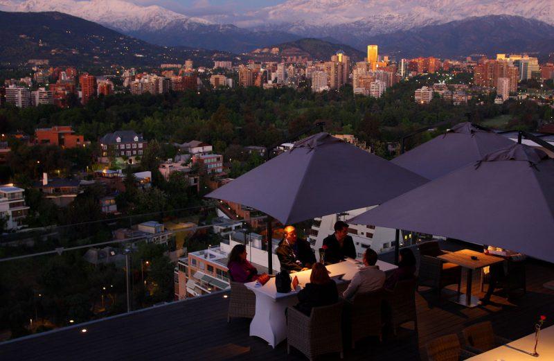 Taras i miasto w tle, Santiago, Chile