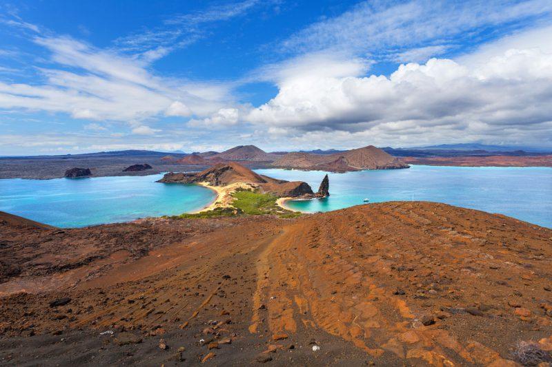 widok na morze i plażę w Ekwadorze, galapagos