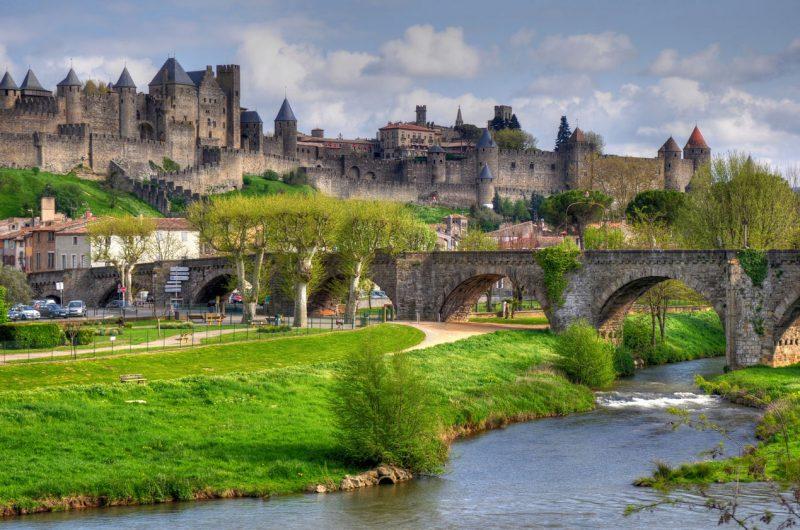 widok na miasto Carcassonne we Francji, prowincja Langwedocji