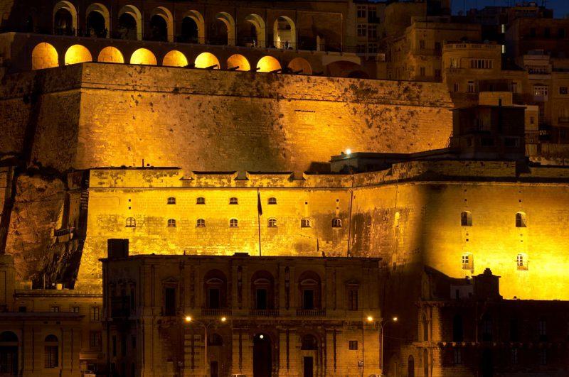 OświetloneBastiony Valetta na Malcie
