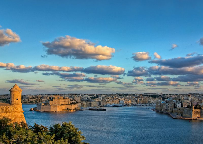 Panarama obejmująca Maltę, Grand Harbour