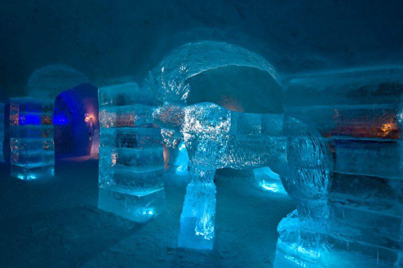 Posąg z lodu w Norwegii, Ice Hotel
