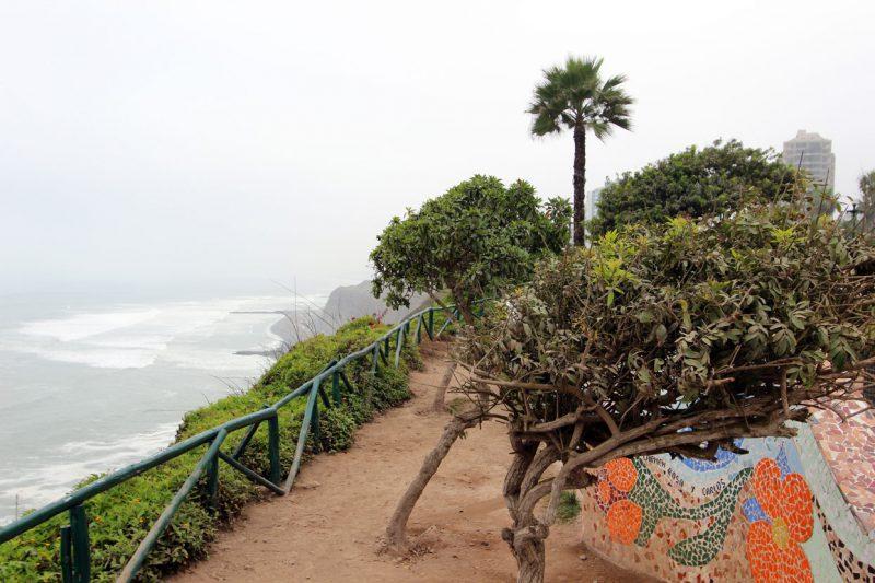 Ścieżka z widokiem na wybrzeże, Lima, Peru