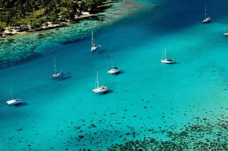 widok na rRafę na wyspie Bora-Bora, Polinezja