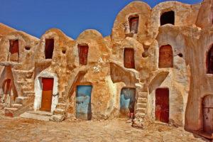 Budynki w skale w Tunezji