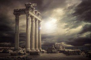 ruiny świątynii w Antalya