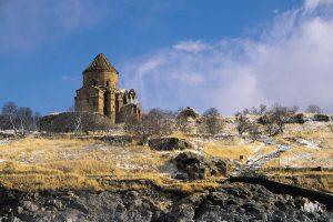 widok na ośnieżoną prowincję Van w Turcji