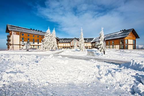 Hotel aramow w zimowej odsłonie