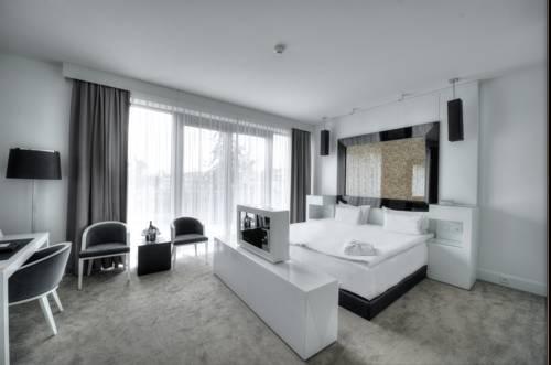 Ekskluzywne wnętrze dla wymagających gosci hotelu Platinum Palace