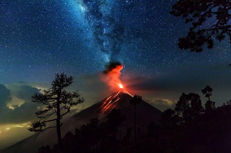 Wujkan Fuego podczas erozji